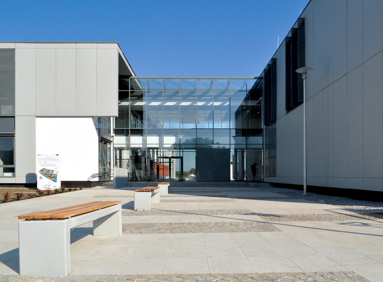 Fundacja Uniwersytetu im Adama Mickiewicza, technologia chemiczna