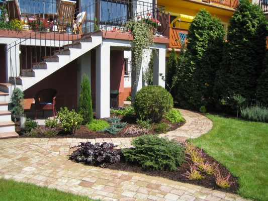 Urządzanie i Utrzymywanie Terenów Zieleni - Marian Stych, trawniki