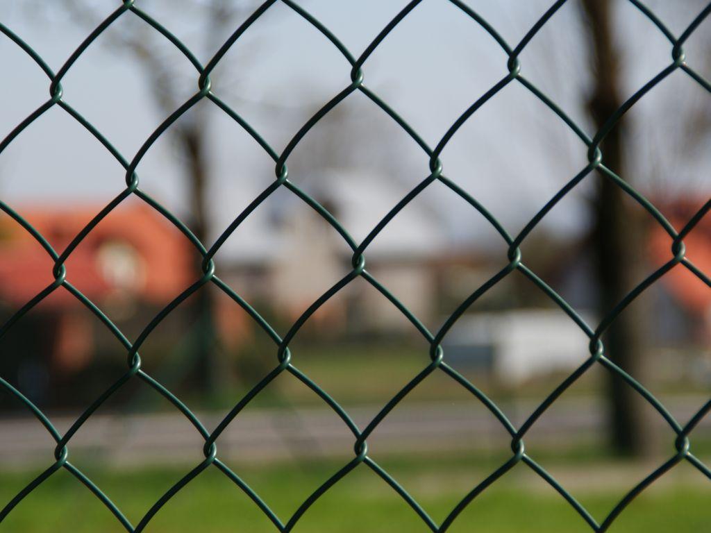 Zakład Produkcujno Handlowy PAJĘCZYNA Sp. z o.o.,montaż ogrodzeń